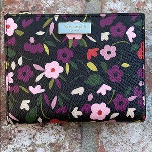 KATE SPADE flower wallet
